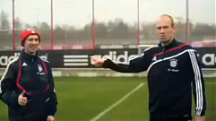 Football Intruders, Robben
